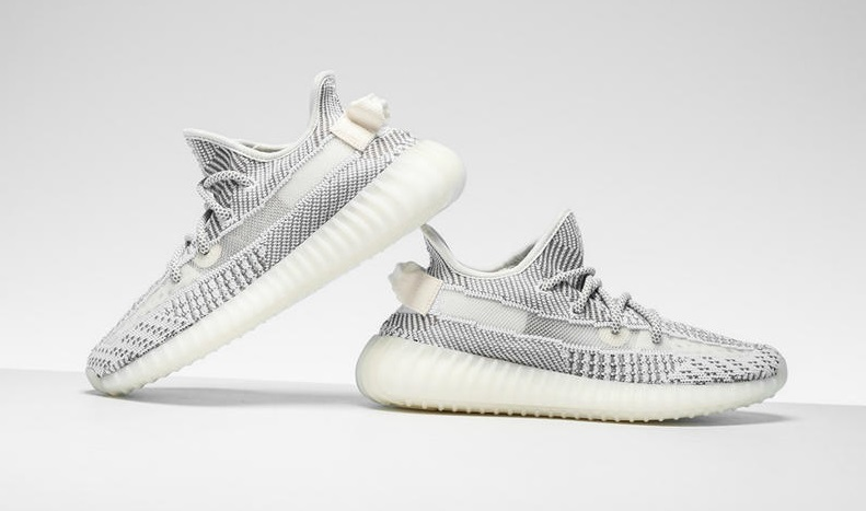 fake Yeezy Boost 350 V2 Static